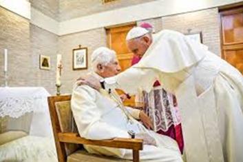 JUNHO DE 2018 Francisco. um dos mais assíduos na casa do papa emérito: vida reclusa e limitada ao Vaticano